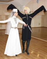 Кавказский танец лезгинка